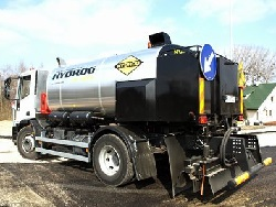 Bitumen emulsion sprayers
