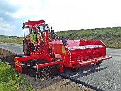 Summer road maintenance equipment