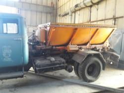 Специализиран камион песъкар ЗИЛ 130