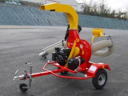 Rabaud Vacuum cleaner on road trailer WINDY 600 ML