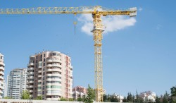 Tower cranes Pi Mkina