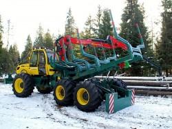 Трактор за добив и транспортиране на дървесина LKT 210
