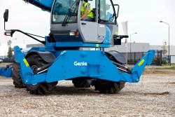 Rotating rough terrain telehandler Genie GTH-4018R